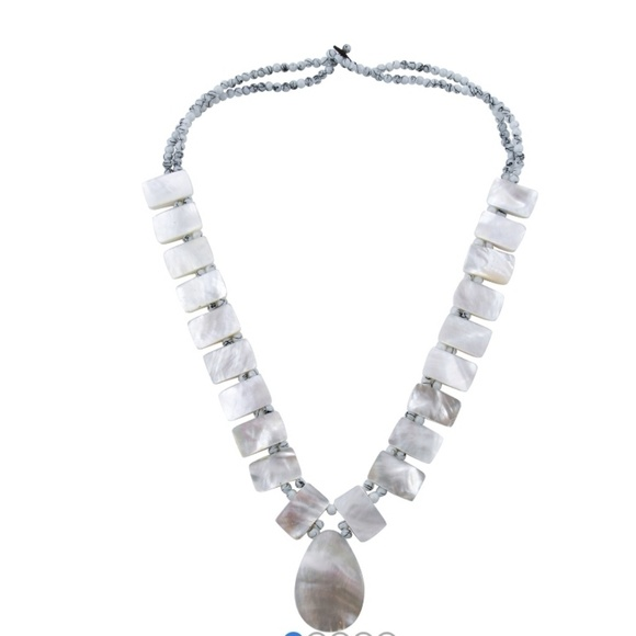 Unknown Jewelry - Mother of Pearl Necklace